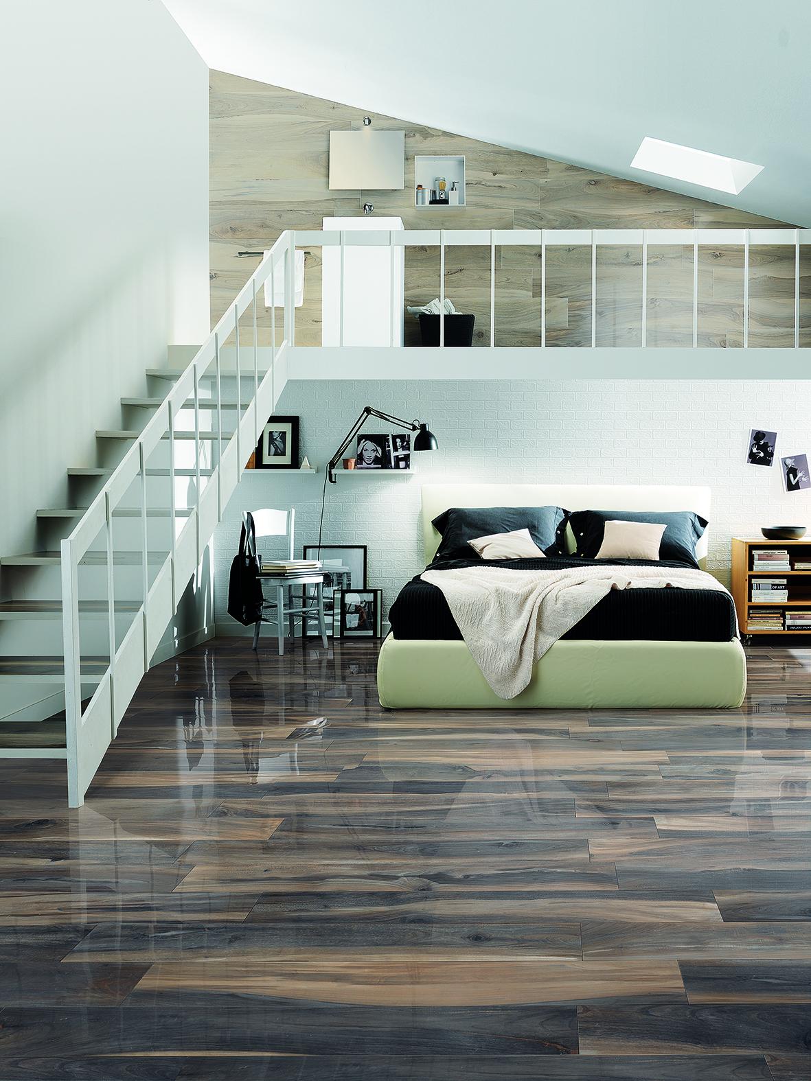 Bodenbelag Wohnzimmer mit Galerie Reiter Fliesen